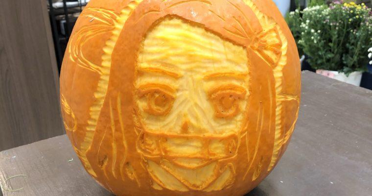 毎年恒例のキャラかぼちゃ